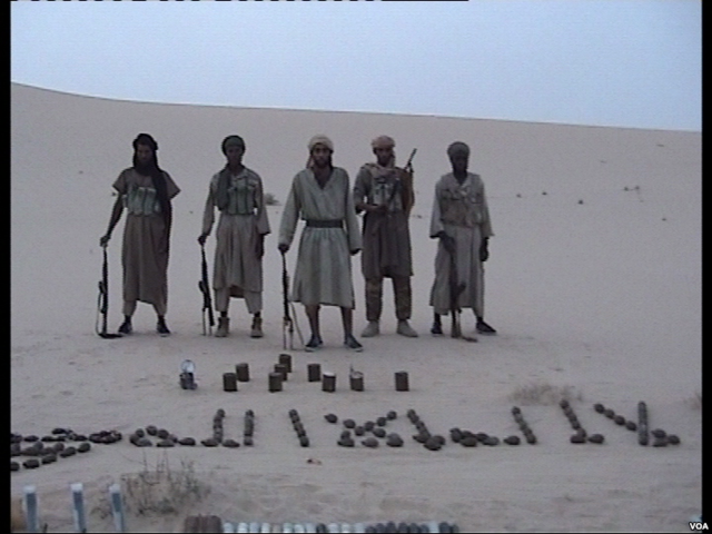 640px-al-qaida_au_maghreb_islamique_combattants